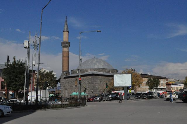 Мечеть Гюрджю Капы Али Ага в Эрзуруме