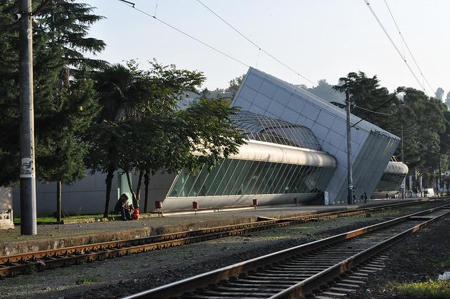Вокзал в Махинджаури