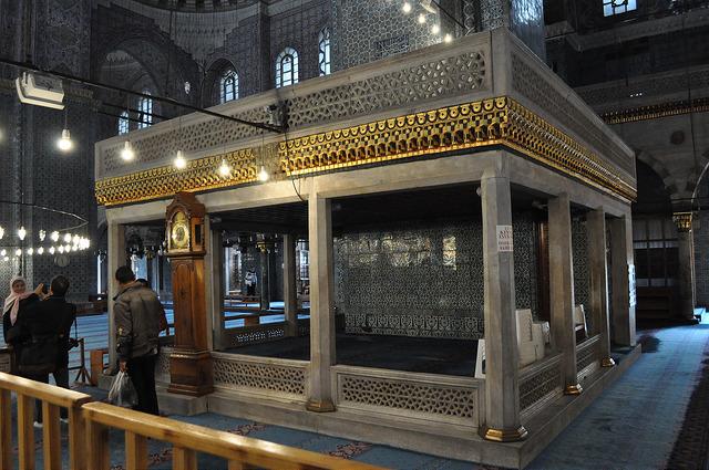 Новая мечеть Стамбула внутри