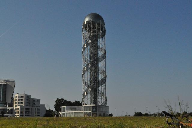 Алфавитная башня в Батуми