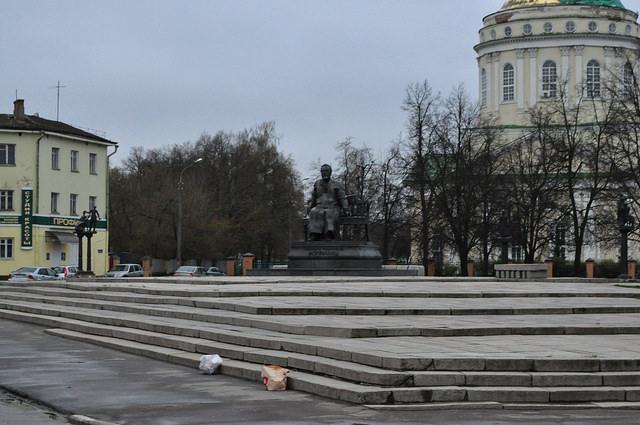 Памятник Н. С. Лескову (Орёл)