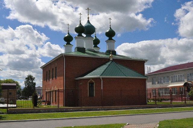 Церковь Троицы Живоначальной, Комаричи