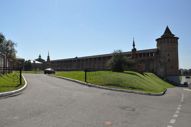 Крепостная стена Коломенского кремля