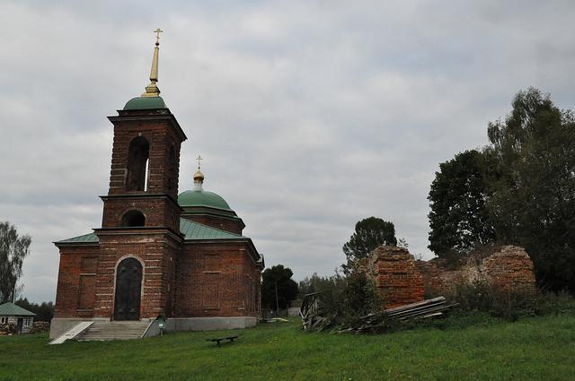 Церковь Троицы Живоначальной в Ржавце
