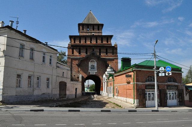 Пятницкие ворота, музей-пекарня «Коломенский Калач»