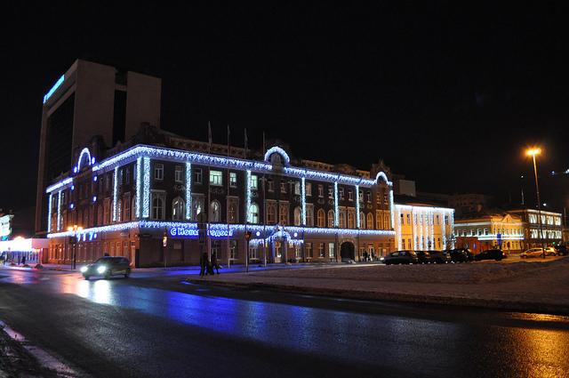 Первомайская улица, Администрация Саратова