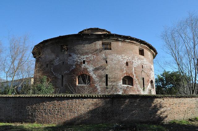 Круглая Башня «Зиндан» - бывшая старая тюрьма (Ленкорань)