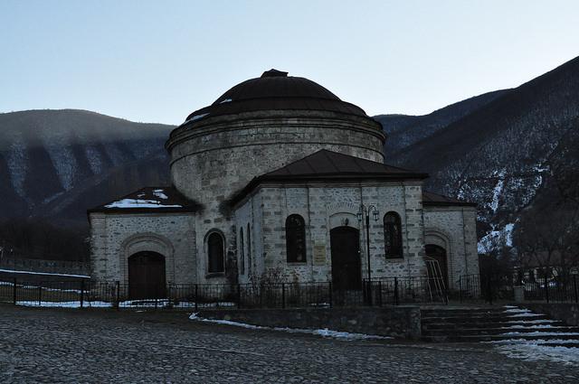 Трёхсвятительская церковь (ныне музей народного прикладного искусства) (Шеки)