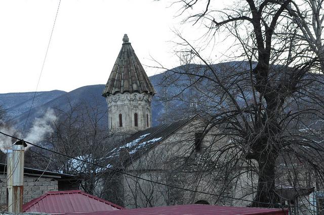 Албанская церковь, Шеки