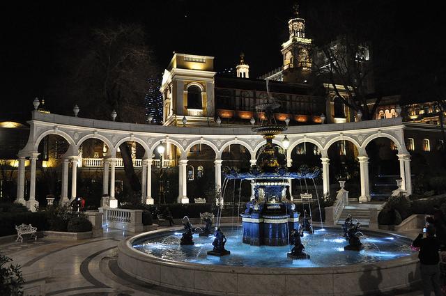Фонтан в парке им. Вахида, Филармония, Баку
