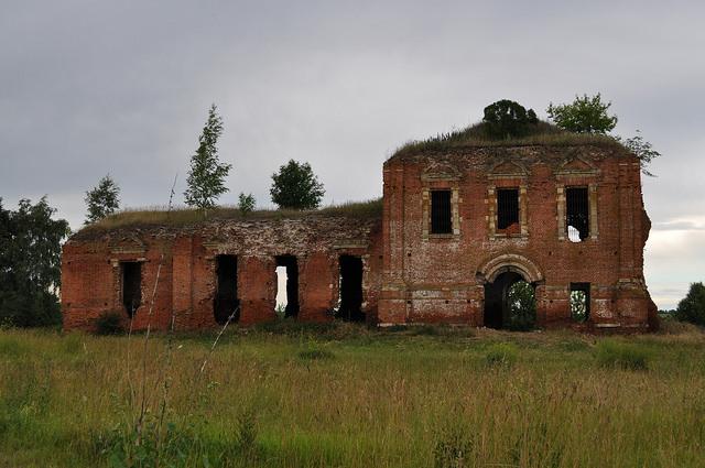 Руины храма Сергия Радонежского (Селезнево)
