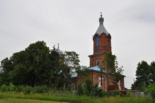 Свято-Сретенский храм (Любимовка)