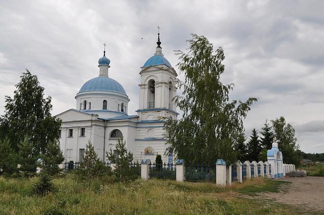 Храм иконы Божией Матери «Знамение» (Волово)