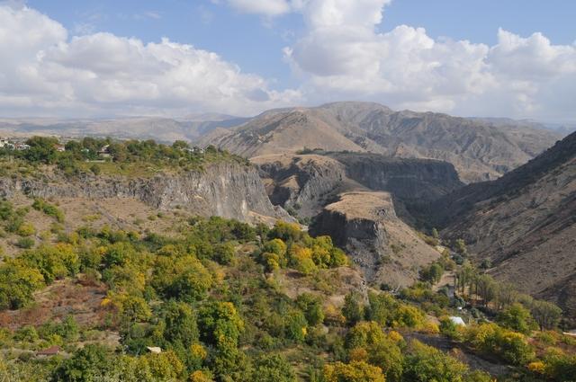Виды из крепости Гарни