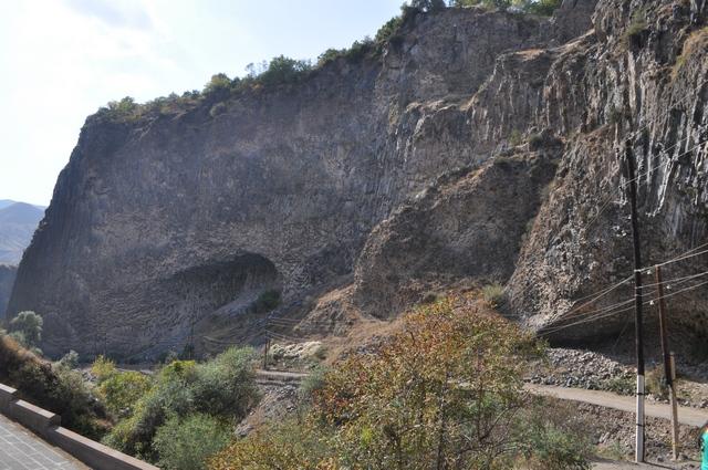 Колоновидные базальты, Симфония камней