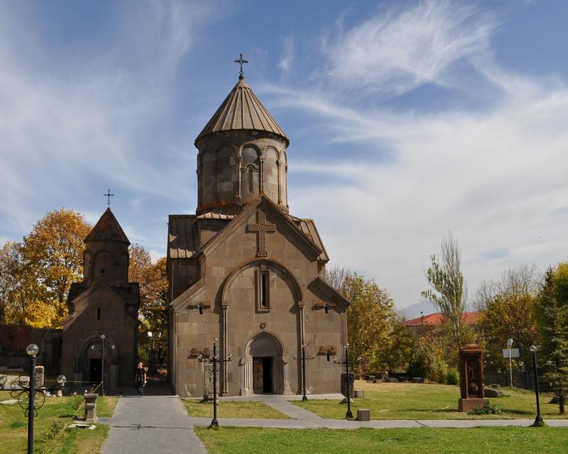 Часовня и церковь Сурб Ншан, Цахкадзор, Армения