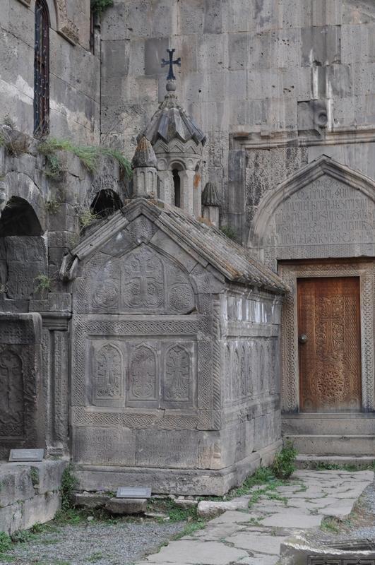 гробница Святого Григора Татеваци (Сурб Григор Татеваци), монастырь Татев, Армения