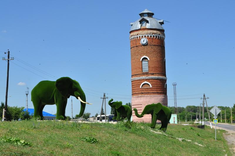 Водонапорная башня на станции Лутошкино