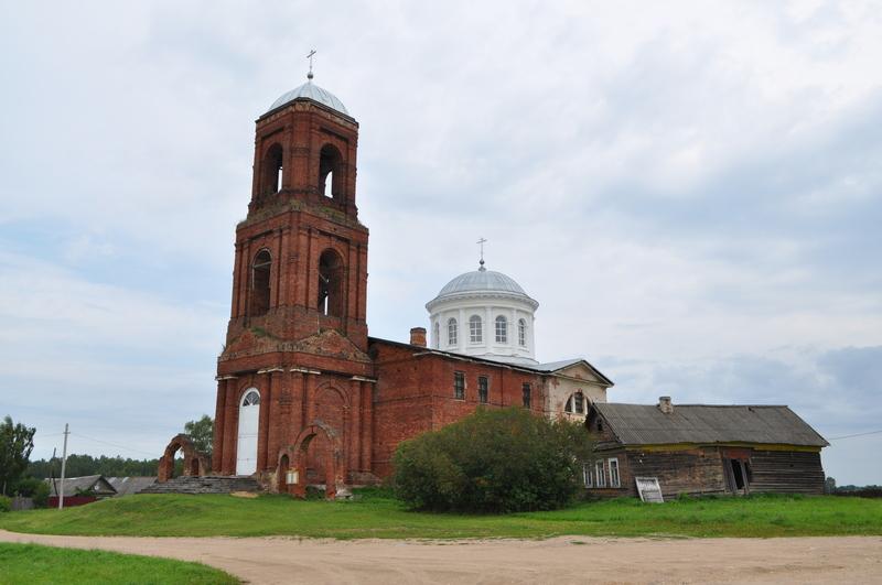 Преображенская церковь в Сукромле