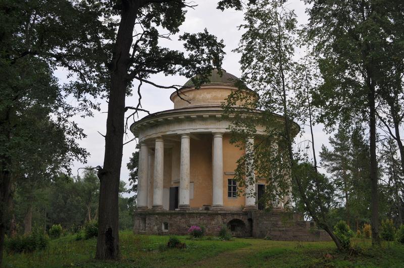 Храм-усыпальница Воскресения Христова, Никольское-Черенчицы